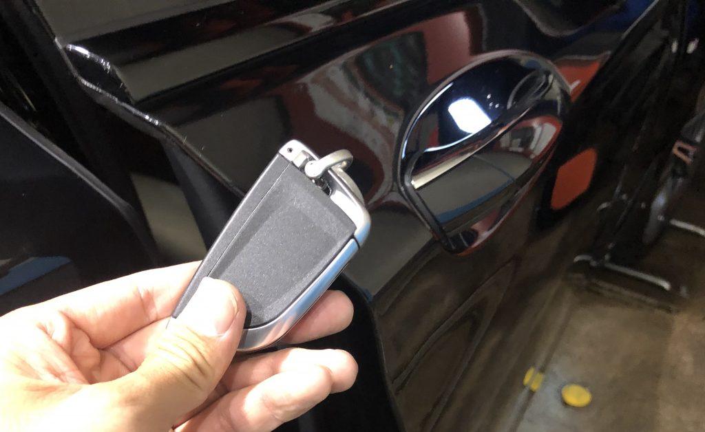 BMW 750i インロック解錠作業完了