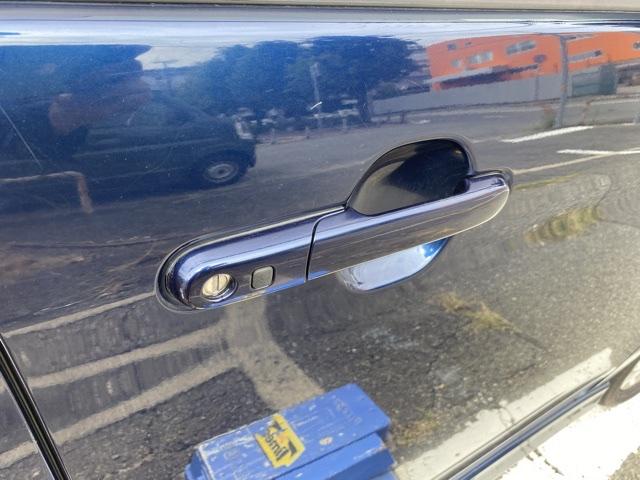 スズキ・パレットの運転席ドアの画像